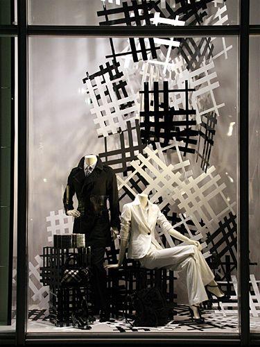 Visual: BURBERRY - Vidrieras de Tokyo