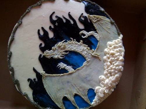 Bahamut Dungeons and Dragons cake made with buttercream frosting.