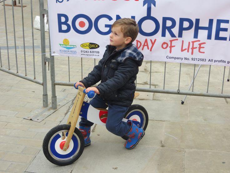 """Bringing the Cool to Bognor Regis"" A Bognorphenia Production in conjunction with Bognor Regis Town Centre Management"