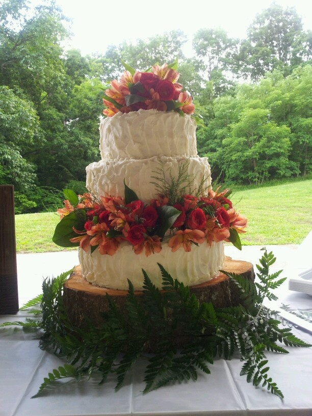 Outdoor Wedding Cakes