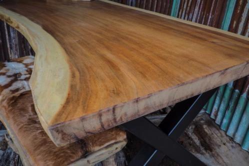 suar teak boomstamtafel boom tafel eetafel uit 1 stuk hout, robuuste stoere uniek tafel, kom naar de showroom en waij maken het voor u op maat, mvgr rob woodindustries,