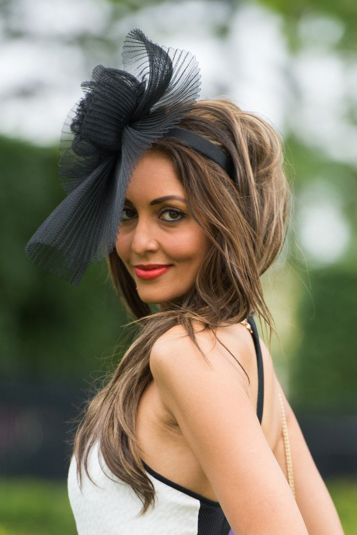 For more Ascot hats and trends go to graziadaily.co.uk...  554af652a44