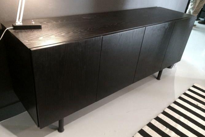 Greeploos, vintage strak, zwart (houtnerf) dressoir