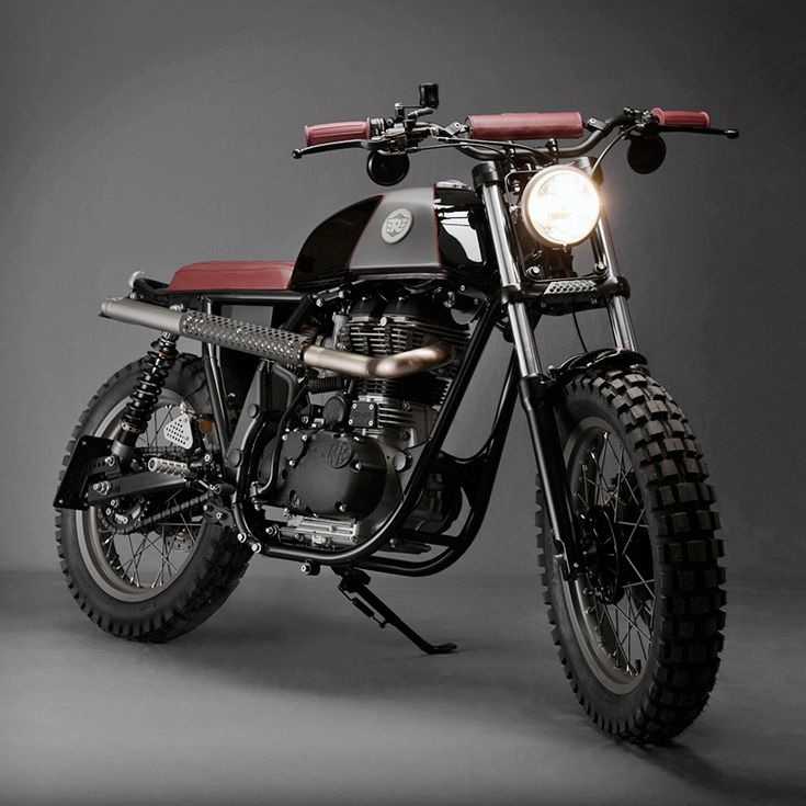 Royal Enfield custom scrambler black with brown leather