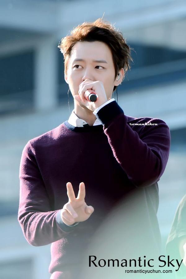05.10.14 JYJ rehearsing for their K-Pop Concert at 2014 Gangnam Festival