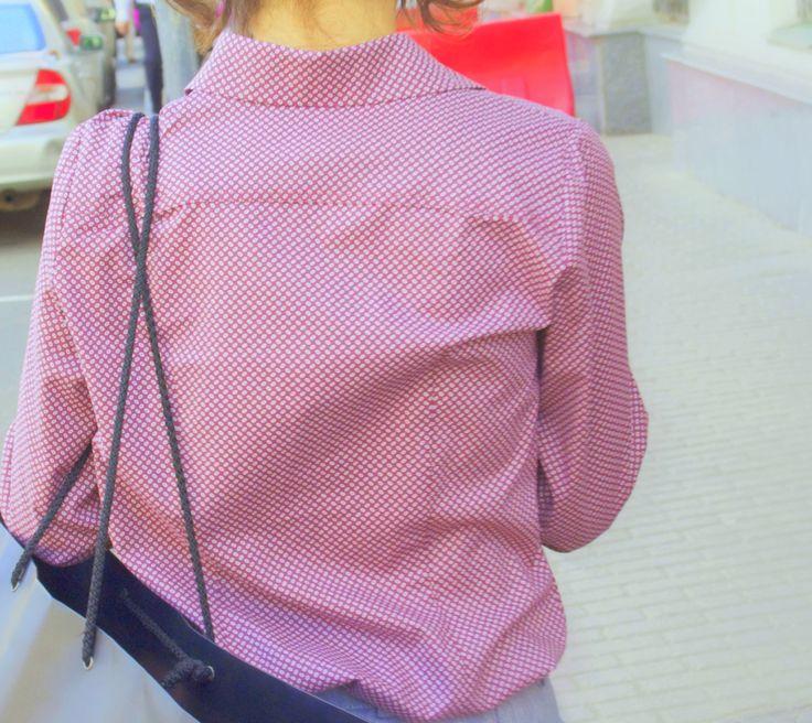 shirt / cotton / shorts/ linen  #рубашканазаказ #одежданазаказ #интернетмагазин #шоурум #шорты #шортыбежевые #шортыгородские #дресскод #рубшкаженская #офис #городскойстиль #офисныйстиль #shirt #citystyle #dresscode #officestyle #fashion #vogue #thesartor #tailor #soho #design #viavestis #onlinestore #showroom #workplace #cool #officedress