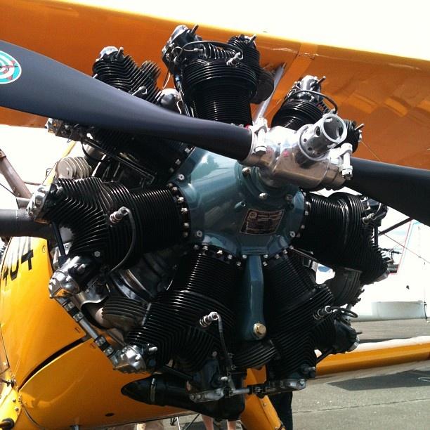 Radial engine. - http://www.pinterest.com/davidbcook/real-aeroplanes-have-props/