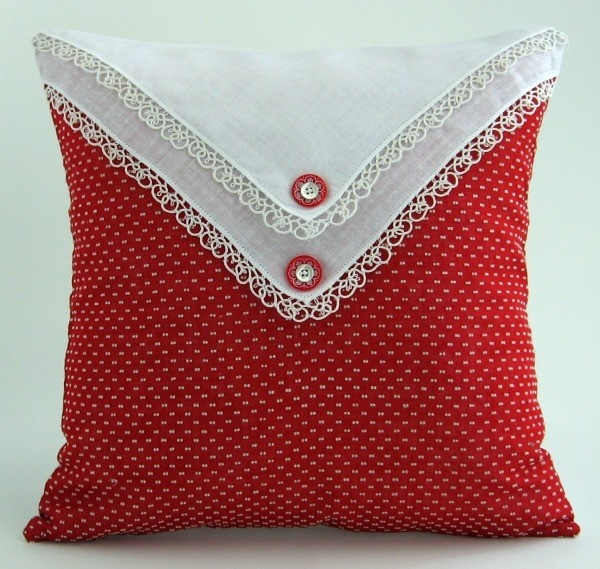 pretty way to use a vintage handkerchief - could use more hankies on other sides of the pillow