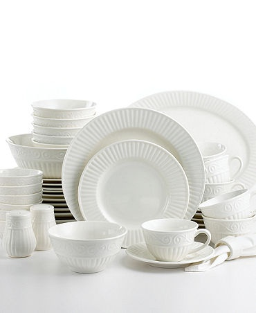 Gibson \ Claremont\  46-Piece Dinnerware Set  sc 1 st  Pinterest & 32 best Dinnerware images on Pinterest | Dinnerware Dish sets and ...