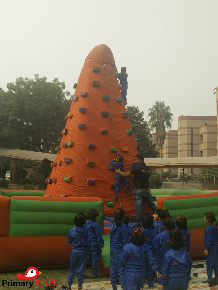 """A child has a special way of adding joy to everyone's Day! Primary Plus Media organized """" Festival of Multiple Intelligences """" at St. Georges School on 27 November. #kids #events #happiness #magazines #prizes #FOMI"""
