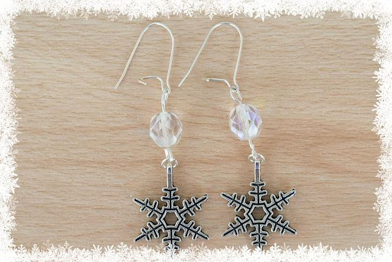 Silver Snowflake Earrings V  Christmas Earrings  Snow