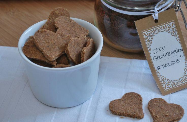 Chai Plätzchen gesund und lecker! Wer nach einem gesunden Rezept für Weihnachtsplätzchen sucht, sollte mal die Chai Plätzchen probieren. Sie duften unheimlich gut und schmecken himmlisch. Hier geht es zum Rezept.