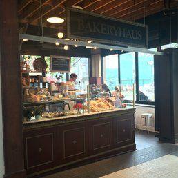 BakeryHaus - Toronto, ON, Canada. Storefront