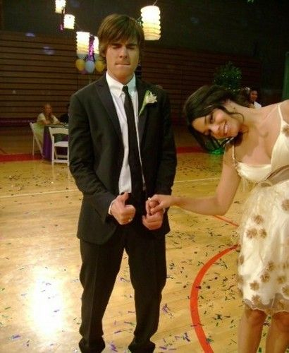 14 Photos of Zac Efron and Vanessa Hudgens You Didn't Know Existed