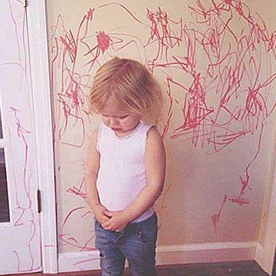 Δείτε στις φωτογραφίες τι συνέβη όταν κάποιοι γονείς άφησαν για λίγες ώρες τα παιδιά τους μόνα στο σπίτι και... δοκιμάστε να συγκρατήσετε τα γέλια σας!