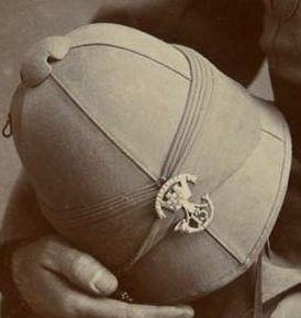 P. A. Somersetshire LI. Pagri badge ca 1893-1900 Pindee (3).jpg