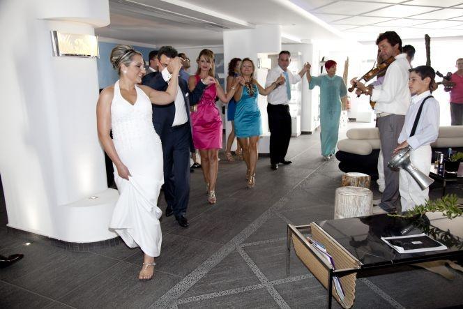 wedding in Santorini Aressana Hotel
