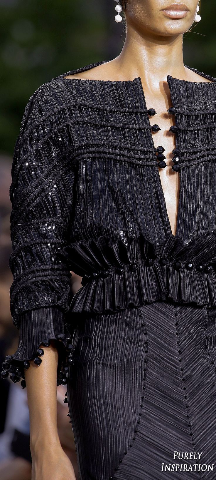 Givenchy 2016 Fall Haute Couture as presented in SS2017 Menswear Runway | Purely Inspiration