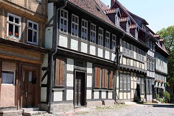 Quedlinburg - Fachwerkhäuser in einer Altstadtgasse