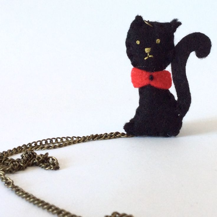 Black cat necklace buy at #Broilly # KinkinPuppetsStore #handmade #handcrafted #marketplace #onlineshop #craft