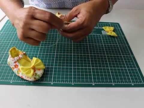 Sapatinho em tecido para bebe - YouTube