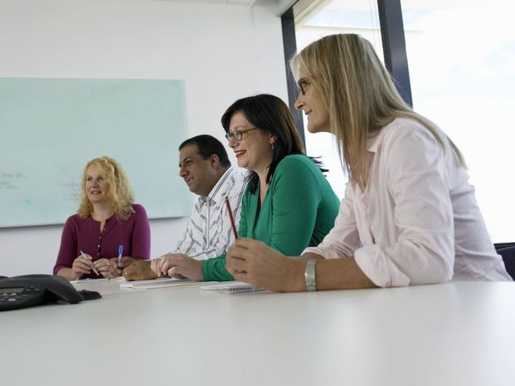 How to Handle a Group Interview