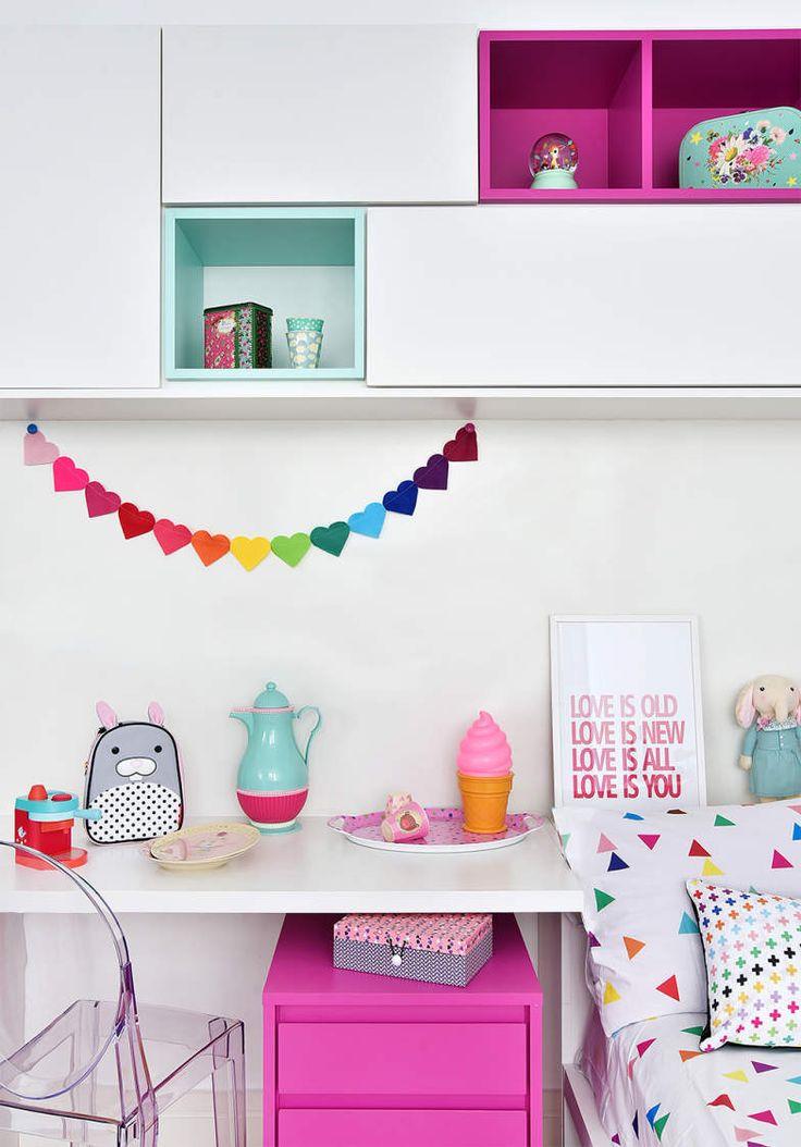 4-inspiracao-do-dia-quarto-infantil-colorido-com-area-destinada-a-diversao