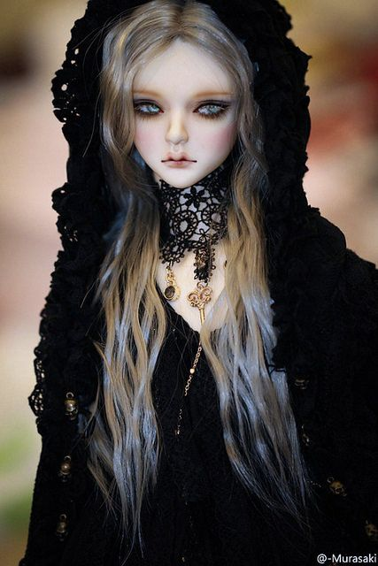 licht2.5D-bjdwig-Private collection | Flickr: Intercambio de fotos dark bjd, great faceup inspiration