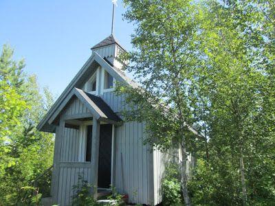 Pieni kappeli metsätiellä Laihialla. (Kuva.Jari Laurila:2015)