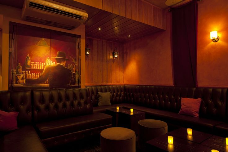 Lounge  #whiskeytrader #bar #lounge #newyork #nycbar #fun #games #drinks #cocktails #wine #beer #friends #happyhour