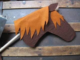 horse: Diy Brave Costumes Kids, Easy Felt, Knights Parties, Horses Ideas, Felt Hors, Hors Ideas, July 2011, Make Sticks Horses, Sparrow