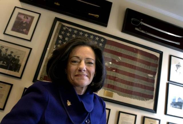 """In this march 6, 2006 file photo, Kathleen """"KT"""" McFarland is seen at her home in New York. President-elect Donald Trump has tapped Fox News analyst McFarland to serve as deputy national security adviser."""