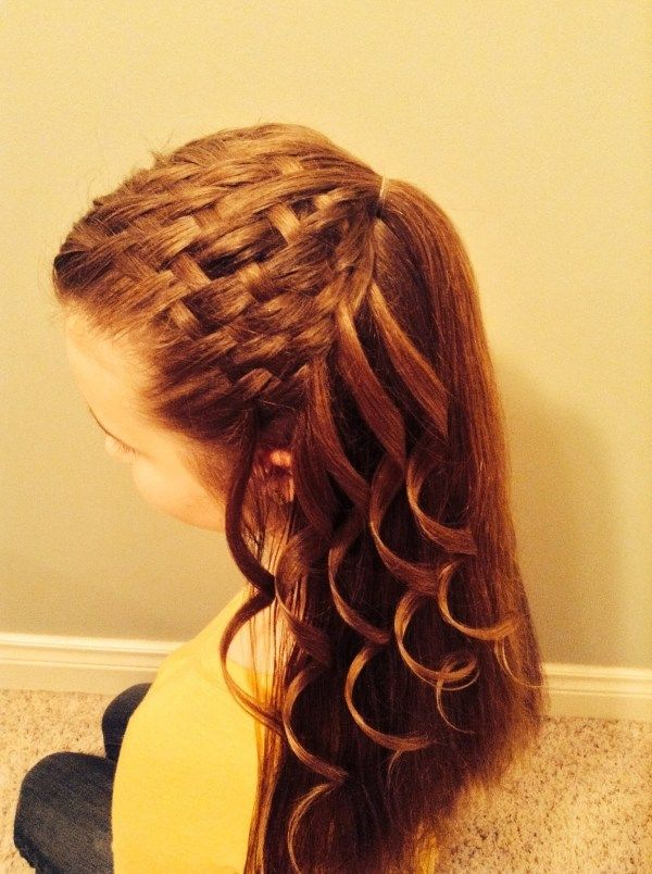 Vingle - Tutorial: Basket Weave Hair - Braid Styles
