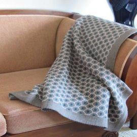 Diamond Knit Throw - Brown