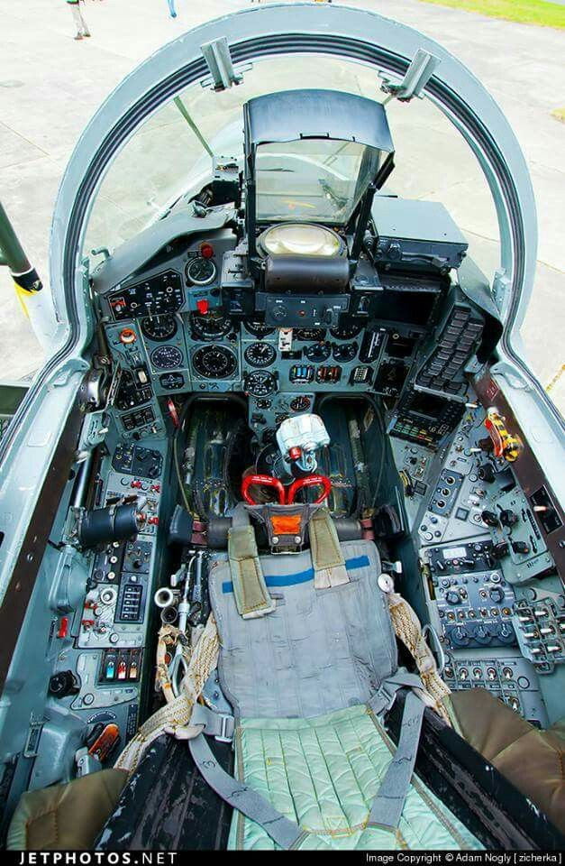 1000 Images About Fighter Aircraft Cockpit On Pinterest