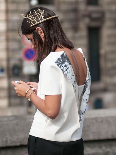 Natasha a) looking brills from the back and b) proving how much street cred she's got... the head piece is from Nicolas Ghesquiere's final collection for Balenciaga & the top by A. Wang from his first collection for the house. awesome. Paris. #NatashaGoldenberg