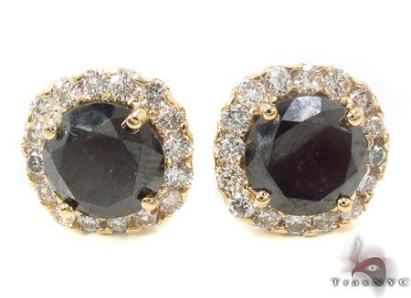At TraxNYC we only use top quality stones and materials to produce our Mens Diamond Earrings collection. Features 6.90 ct of sparkling Round cut Black G color diamonds. TraxNYC encourages you to make an unforgettable statement by wearing a stylish and sophisticated authentic 14k Yellow Gold Earrings part of our intense Mens Diamond Earrings collection.This item is part of TraxNYCs wider collection of Diamond Jewelry collection. See the rest of our Mens Diamond Earrings items for other great…