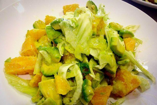 Τα κρητικά: σαλάτα με αβοκάντο, μαραθόριζα και πορτοκάλι | Κουζίνα | Bostanistas.gr : Ιστορίες για να τρεφόμαστε διαφορετικά