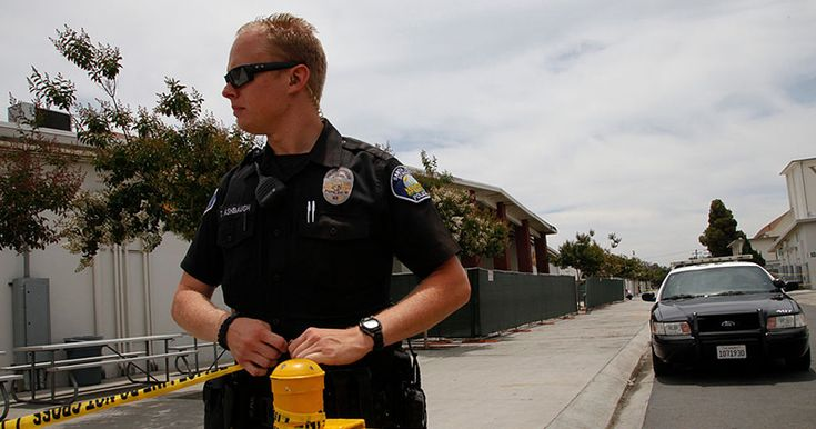 Oakland Coffee Shop Refuses To Serve Police Officers, 'Compromises Safety'