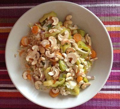 Recept, podle kterého se vám Rýže s pórkem, mrkví a kokosovým mlékem zaručeně povede, najdete na eMimino.cz. Podívejte se na fotografie a hodnocení ostatních kuchařů.