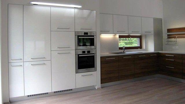 Moderní kuchyňská linka vyrobená na míru