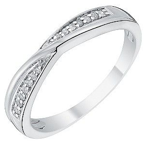 A beautiful 18ct white gold ring, set with a band of sparkling diamonds. A contemporary cross over design, suited to all occasions and wear. The perfect ring for your wedding, anniversary, or merely as a token of your love.