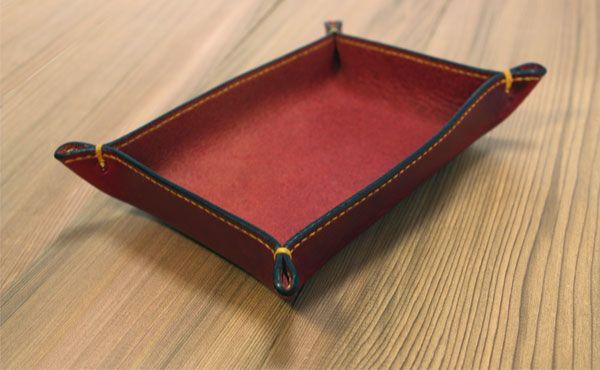 栃木レザーレザートレイプレーン(レザー小物入れ)【オーダーメイドお好みの革色糸色選べます】