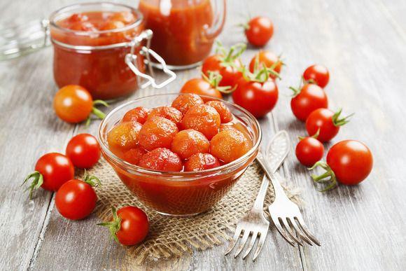 Solnce V Banke 10 Receptov Zasolki Pomidorov Na Lyuboj Vkus V Ritmi Zhittya Canning Tomatoes How To Can Tomatoes Canning Whole Tomatoes