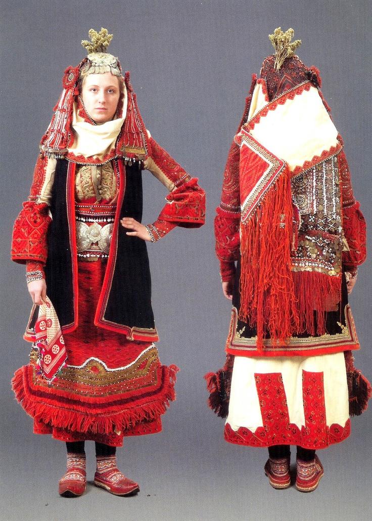 Bridal costume Bitoyla Bulgaria