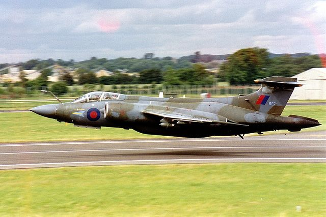 Buccaneer S2B XV867 RAF low pass