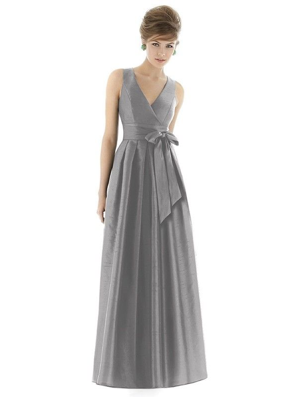 Naturally Textured With The Luxurious Stretch Of Dupioni A Line Silhouette Alfred Sung Bridesmaid Dressesc