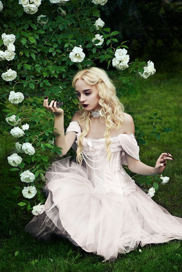 Alice in Wonderland cosplay of the White Queen