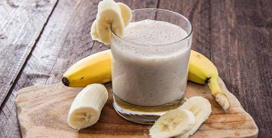 Banana, avena e fragole contro la stanchezza | Rimedio Naturale