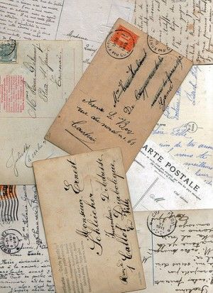 Send postcards to yourself: Keep track of your travels with this hack - Offbeat Home